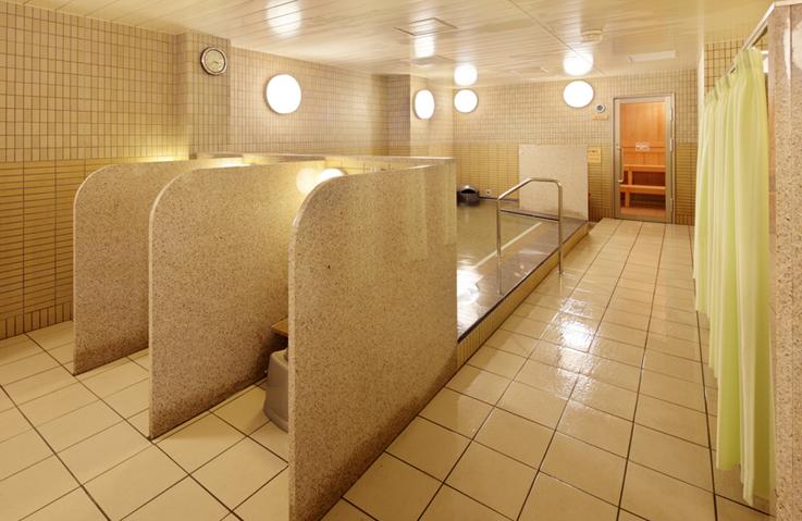 浴室女性_松阪_737x479.JPG
